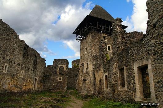nevitsky-castle-zakarpattia-region-ukraine-1